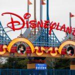 Disneyland bir yılın ardından kapılarını tekrar açıyor